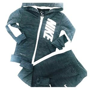 NIKE Dri-FIT Therma Pants Set 18 M